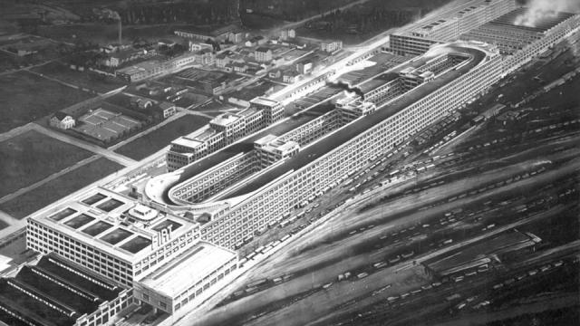 Lingotto FIAT factory in Turin in 1928 (image from Wikipedia)